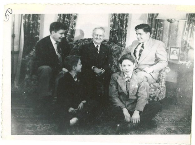 Taylor Albert Duncan with Wally, Bob, Tad, and Steve, 1950