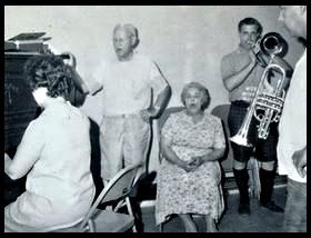 Betty, Taylor, Virginia, Wally, Harley perhaps, 06.12.1965, courtesy of Colin Duncan
