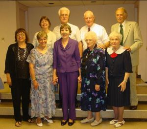 Marcia, Steve, Tad, Harley, Barbara, Polly, Carol, Lee, Betty at Bob's funeral, June 2010, courtesy of Colin Duncan
